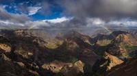 Rainbow over Waimea Canyon 11098076634| 写真素材・ストックフォト・画像・イラスト素材|アマナイメージズ