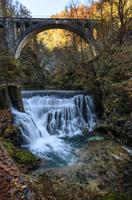 Autumn Falls 11098076685  写真素材・ストックフォト・画像・イラスト素材 アマナイメージズ