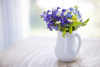 Wildflower bouquet 11098077016| 写真素材・ストックフォト・画像・イラスト素材|アマナイメージズ
