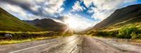 The Road through Glencoe 11098077097| 写真素材・ストックフォト・画像・イラスト素材|アマナイメージズ