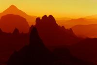 Sunrise in Sahara Desert 11098077102| 写真素材・ストックフォト・画像・イラスト素材|アマナイメージズ