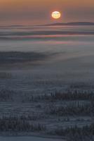 Setting sun 11098077375| 写真素材・ストックフォト・画像・イラスト素材|アマナイメージズ
