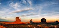 Scenic View of Monument Valley 11098077743| 写真素材・ストックフォト・画像・イラスト素材|アマナイメージズ