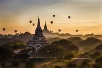 Bagan 11098077798| 写真素材・ストックフォト・画像・イラスト素材|アマナイメージズ