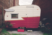 Camper 11098078768| 写真素材・ストックフォト・画像・イラスト素材|アマナイメージズ