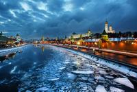 The Moskva river 11098079298| 写真素材・ストックフォト・画像・イラスト素材|アマナイメージズ
