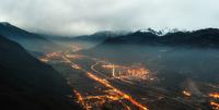 Highway through Mountains 11098079472| 写真素材・ストックフォト・画像・イラスト素材|アマナイメージズ