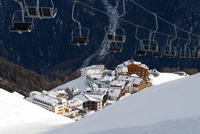 Alpine Village 11098080201| 写真素材・ストックフォト・画像・イラスト素材|アマナイメージズ