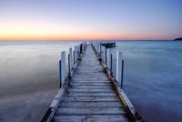 Patient Tide - Safety Beach, Victoria, Australia. 11098080231| 写真素材・ストックフォト・画像・イラスト素材|アマナイメージズ