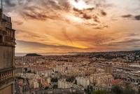 Nice at Sunset 11098080267| 写真素材・ストックフォト・画像・イラスト素材|アマナイメージズ