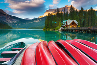 Calm Evening at Emerald Lake 11098080856| 写真素材・ストックフォト・画像・イラスト素材|アマナイメージズ