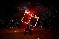 Fire show amazing at night 11098080878| 写真素材・ストックフォト・画像・イラスト素材|アマナイメージズ