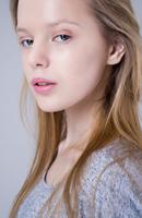Natural beauty portrait of model 11098081087| 写真素材・ストックフォト・画像・イラスト素材|アマナイメージズ