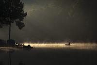 Morning On The Lake 11098081392| 写真素材・ストックフォト・画像・イラスト素材|アマナイメージズ