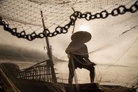 Fisherman 11098082171| 写真素材・ストックフォト・画像・イラスト素材|アマナイメージズ