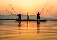 Fisherman 11098082519| 写真素材・ストックフォト・画像・イラスト素材|アマナイメージズ
