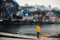 Porto Girl 11098082844| 写真素材・ストックフォト・画像・イラスト素材|アマナイメージズ