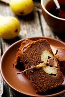 The pear  cake with  chocolate 11098083273| 写真素材・ストックフォト・画像・イラスト素材|アマナイメージズ