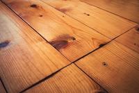 detail of spruce old wood floor 11098087660| 写真素材・ストックフォト・画像・イラスト素材|アマナイメージズ