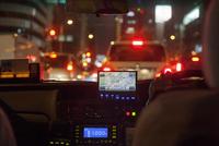 GPS navigational system on dashboard of taxi 11100034509| 写真素材・ストックフォト・画像・イラスト素材|アマナイメージズ