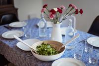 High angle view of arugula salad served on dining table 11100047437| 写真素材・ストックフォト・画像・イラスト素材|アマナイメージズ