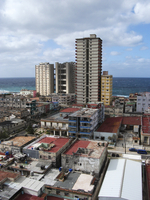 High angle view of residential district by sea against cloudy sky 11100050332| 写真素材・ストックフォト・画像・イラスト素材|アマナイメージズ