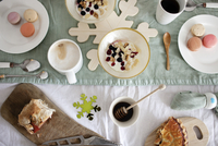 High angle view of breakfast served on table 11100058968| 写真素材・ストックフォト・画像・イラスト素材|アマナイメージズ