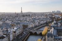 High angle view of cityscape against sky 11100059014| 写真素材・ストックフォト・画像・イラスト素材|アマナイメージズ