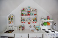Kitchen in playhouse 11100067496| 写真素材・ストックフォト・画像・イラスト素材|アマナイメージズ