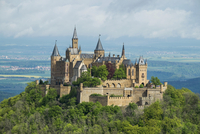 Burg Hohenzollern Castle, near Bisingen 11102000363  写真素材・ストックフォト・画像・イラスト素材 アマナイメージズ