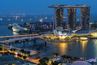 Marina Bay, at night, Singapore, Asia 11102000652| 写真素材・ストックフォト・画像・イラスト素材|アマナイメージズ