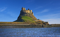 Lindisfarne Castle, 16th Century, Lindisfarne or Holy 11102000729| 写真素材・ストックフォト・画像・イラスト素材|アマナイメージズ