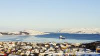 Settlement on Bokfjord, Kirkenes, Finnmark County, Norway 11102000961| 写真素材・ストックフォト・画像・イラスト素材|アマナイメージズ
