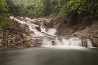 Yang Bay waterfall, near Nha Trang, South Vietnam, Vietnam 11102001072| 写真素材・ストックフォト・画像・イラスト素材|アマナイメージズ