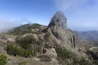 View from the Mirador de Roque Agando onto the Roque de 11102001093| 写真素材・ストックフォト・画像・イラスト素材|アマナイメージズ
