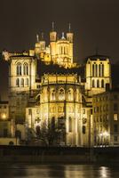 Basilica of Notre-Dame de Fourviere at night, Lyon 11102001121| 写真素材・ストックフォト・画像・イラスト素材|アマナイメージズ