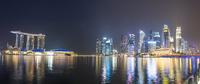 Panorama Marina Bay at night, Singapore River, Marina Bay 11102001244| 写真素材・ストックフォト・画像・イラスト素材|アマナイメージズ