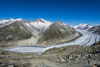 Great Aletsch Glacier, panoramic view in summer from 11102001279| 写真素材・ストックフォト・画像・イラスト素材|アマナイメージズ