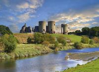 Medieval Rhuddlan Castle, built in 1277 for Edward 1st 11102001527| 写真素材・ストックフォト・画像・イラスト素材|アマナイメージズ