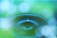 波紋 28144025542| 写真素材・ストックフォト・画像・イラスト素材|アマナイメージズ