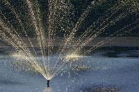 噴水のしぶき 28144071773| 写真素材・ストックフォト・画像・イラスト素材|アマナイメージズ