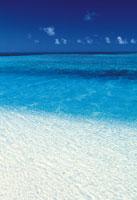 海と青空 28144074144| 写真素材・ストックフォト・画像・イラスト素材|アマナイメージズ