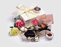 バレンタインのプレゼント 28144102209| 写真素材・ストックフォト・画像・イラスト素材|アマナイメージズ