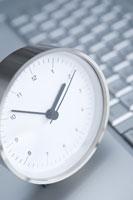 時計とキーボード