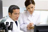 細胞検査 28177002344| 写真素材・ストックフォト・画像・イラスト素材|アマナイメージズ