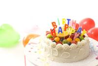 フレッシュフルーツのBIRTHDAYケーキ
