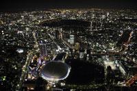 東京ドーム周辺の空撮 28203000099| 写真素材・ストックフォト・画像・イラスト素材|アマナイメージズ
