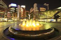 池袋駅西口公園付近の夜景
