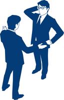 会話をする二人のビジネスマン 60009000163| 写真素材・ストックフォト・画像・イラスト素材|アマナイメージズ