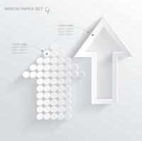 set of white different paper arrows 60016005564  写真素材・ストックフォト・画像・イラスト素材 アマナイメージズ